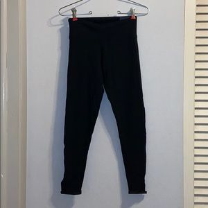 NWT VS Sport Black Ankle Leggings, Size XS